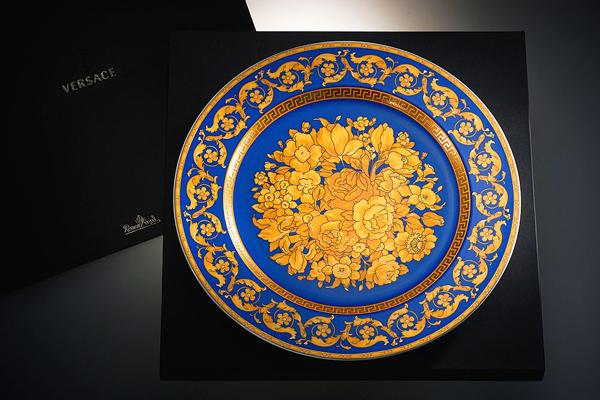 онлайн-бутик VERSACE HOME, блюдо blu-floralia