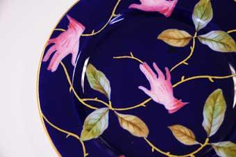 тарелка из сервиза Royal Crown Derby,  дизайн Сальвадора Дали