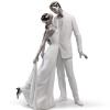 фарфоровая статуэтка влюбленных