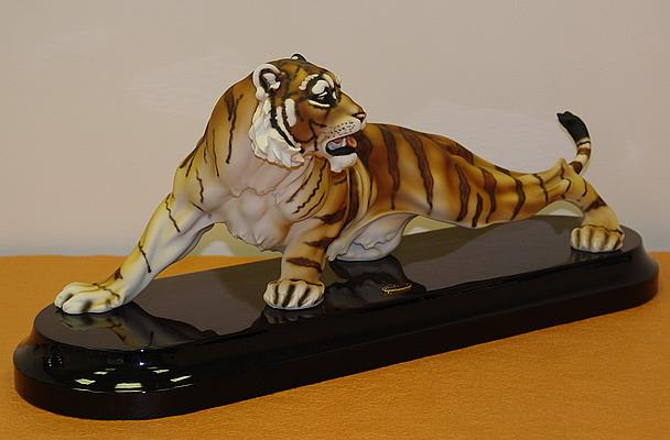 """скульптура """"Царственный тигр1"""", Florence"""