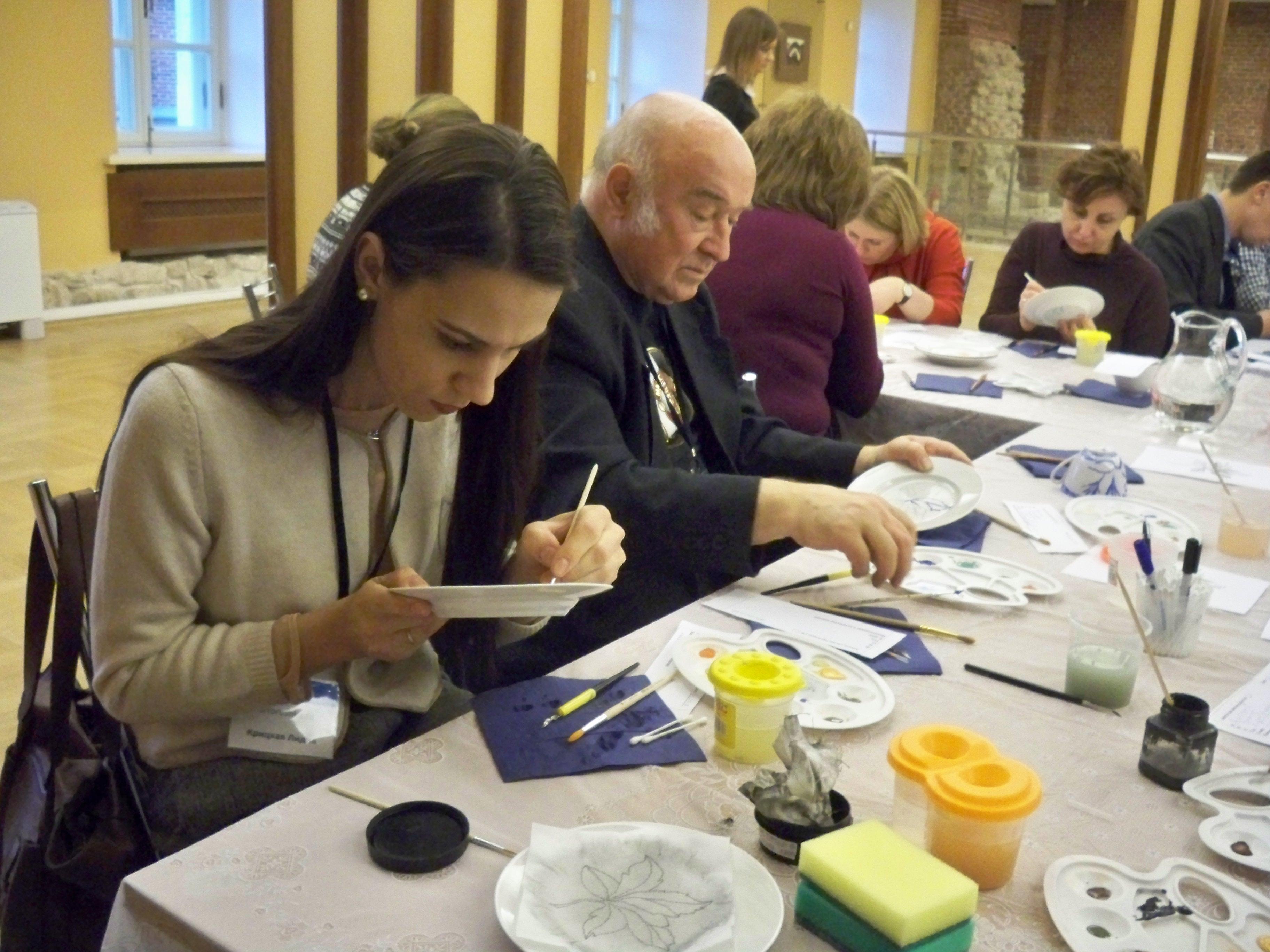 мастер-класс по росписи фарфора, открытие выставки Галины Шуляк в Царицыно